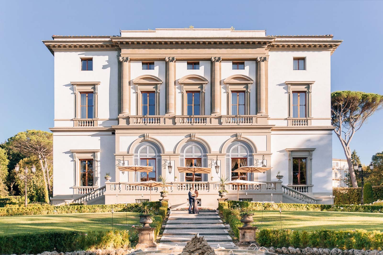 Villa Cora: a luxurious wedding venue in Florence