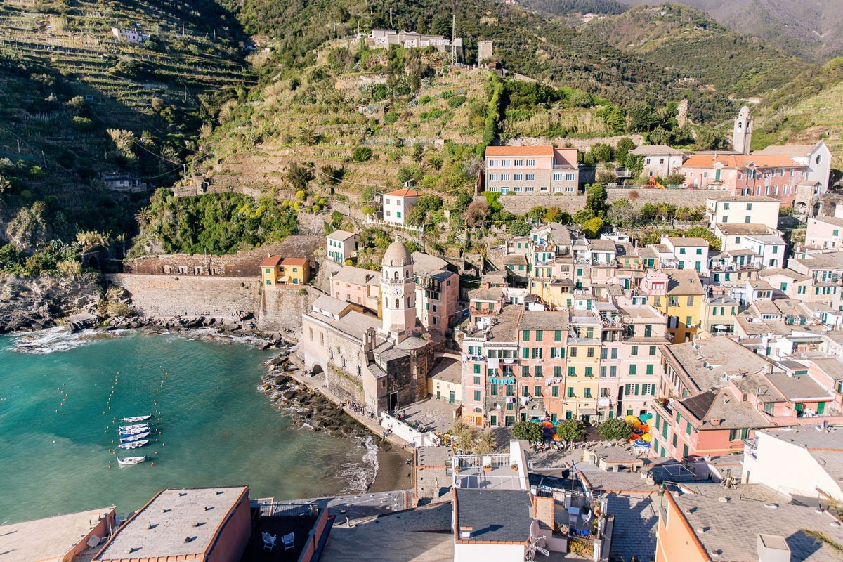 Vernazza, your dream location for your proposal and elopement in Cinque Terre