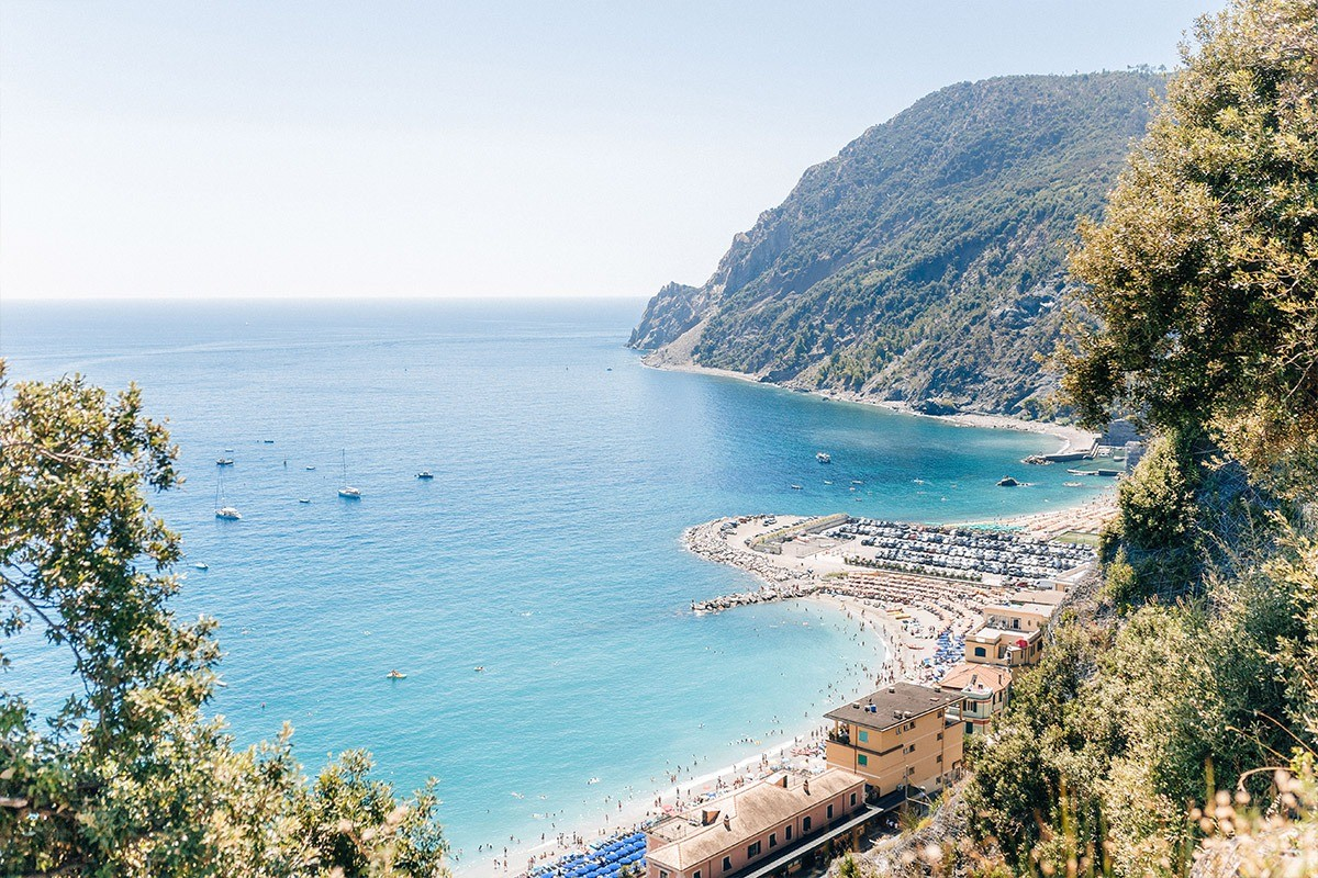 Photographer in Monterosso al Mare