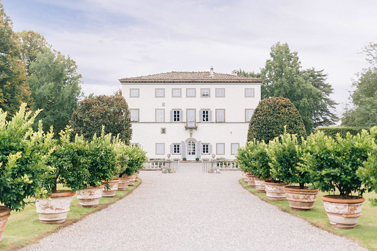 Where you can plan your romantic wedding in Tuscany?