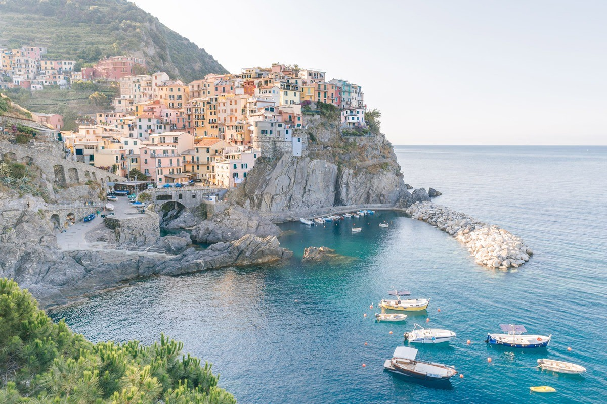 Tuscany and Cinque Terre engagement photographer