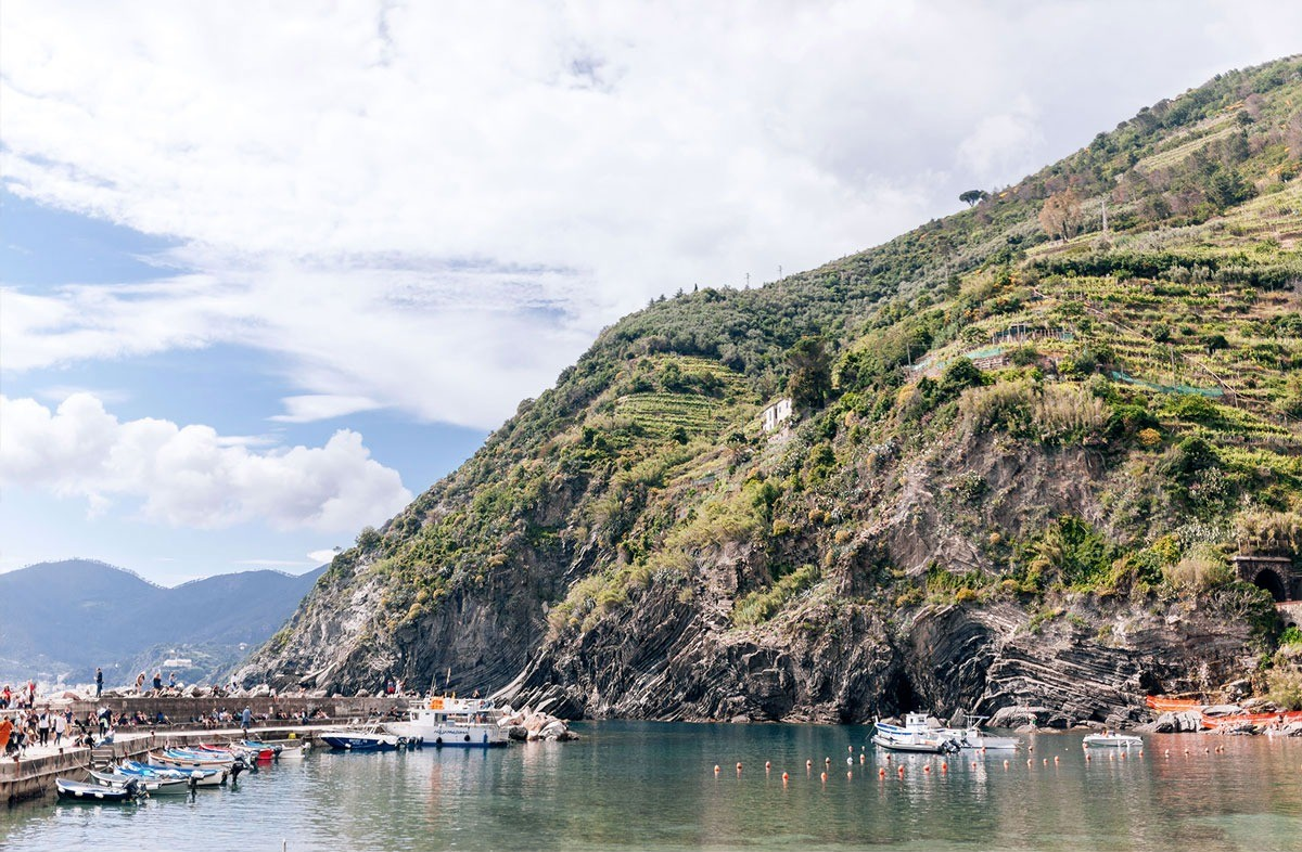 The bay of Vernazza in Cinque Terre